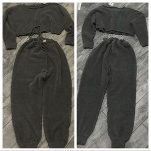 NWT FREE PEOPLE SET FUZZY GRAY JOGGERS & CROP TOP